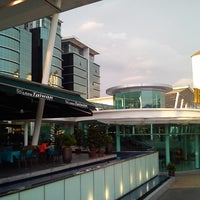 Photo taken at Block 21 Taman Bukit Angkasa by Che Chelle G. on 4/27/2013