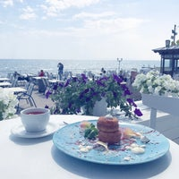 Foto scattata a Terrace. Sea view da Виктория К. il 5/7/2017