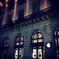 Photo taken at Apple Opéra by Yoshiko M. on 5/5/2013