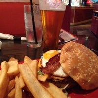 Photo taken at Red Robin Gourmet Burgers by Hugh J. on 7/31/2013