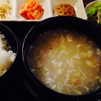 Photo taken at 韓国料理&サムギョプサル専門店 豚田馬場 by Yutaka A. on 5/15/2014