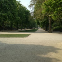 Photo taken at Warandepark / Parc de Bruxelles by Raf K. on 5/7/2013