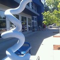 Foto tirada no(a) Tacoma Mall por Edweirdo F. em 7/13/2013