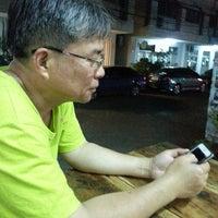 Photo taken at ส้มตำมุกเด็ด ข้างคอนโดเมืองเอก by Panjit P. on 5/6/2013