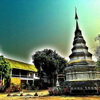 Photo taken at Wat Phan Waen by Pong C. on 2/22/2013