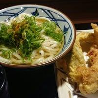 Photo taken at Marugame Seimen by つるつる。 on 11/8/2014