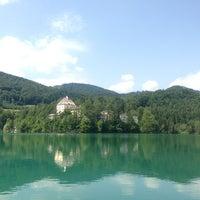 Das Foto wurde bei Schloss Fuschl Resort & Spa, Fuschlsee-Salzburg von Rupert E. am 7/13/2013 aufgenommen
