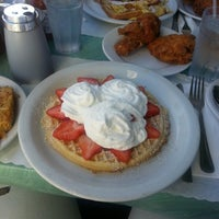 Photo taken at Lois the Pie Queen by Erica G. on 11/16/2013