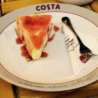 Photo taken at Costa Cofee by 💟Radwa O. on 7/10/2017