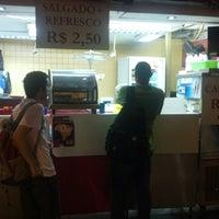 Foto tirada no(a) Durango's por Gabriel S. em 9/20/2012