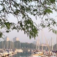 รูปภาพถ่ายที่ Montrose Harbour (CARA MTP) โดย Anna K. เมื่อ 7/9/2013