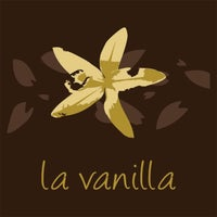 Photo taken at La Vanilla by Barbara L. on 6/30/2013