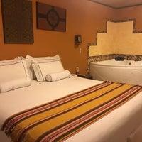 Foto tirada no(a) Hotel Taypikala por Jonathan L. em 2/22/2017