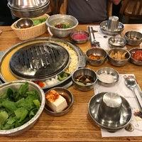 Photo prise au Baekjeong NYC par Jonathan L. le9/4/2017
