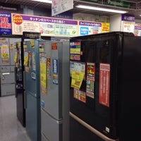 Photo taken at ヤマダ電機 LABI 新橋銀座口店 by ひがぎん on 4/22/2014