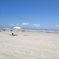 Photo taken at New Smyrna Beach Flagler Ave by Rosie L. on 7/6/2013