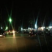 Photo taken at ตลาดหลักเมือง by Tewarit S. on 10/19/2012