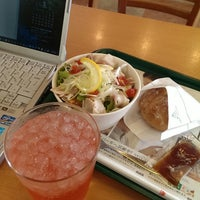 Photo taken at モスバーガー 甲府高畑店 by hisashi o. on 6/8/2014
