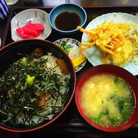 Photo taken at 和食料理 花邨 by Matio M. on 1/5/2016