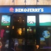 6/2/2013 tarihinde Beni G.ziyaretçi tarafından Ben & Jerry's'de çekilen fotoğraf