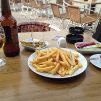 3/14/2014 tarihinde Zeynel A.ziyaretçi tarafından Bulvar Emirgan Cafe'de çekilen fotoğraf