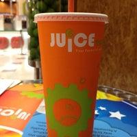 Photo taken at Juice Works by KineLe on 11/13/2012