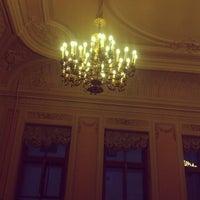 รูปภาพถ่ายที่ Библиотека СПбГУКИ โดย Tatiana I. เมื่อ 12/16/2013