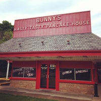 Photo taken at Bunnies Hasty Tasty Pancake House by Ashby D. on 6/16/2013