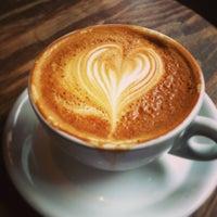 5/27/2013にWinnieがThird Rail Coffeeで撮った写真