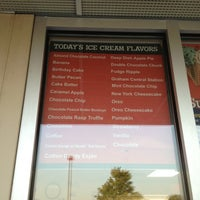 Photo taken at Bruster's Real Ice Cream by Peg C. on 9/26/2012