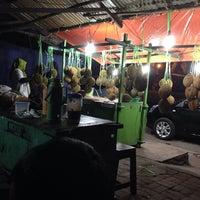 Photo taken at Pondok Durian 'mbak Kasi' by Pameela P. on 11/30/2013