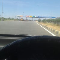 Photo taken at Sankari toll plaza by Manivannan V. on 7/7/2014