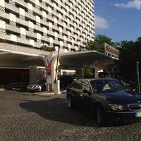 Das Foto wurde bei Sheraton Munich Arabellapark Hotel von Luigi L. am 5/14/2013 aufgenommen