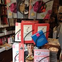 Foto tirada no(a) Librairie Gourmande por Elodie MiamMiam em 6/18/2013