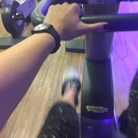 Photo taken at Smart Fit by Gisele G. on 3/13/2018