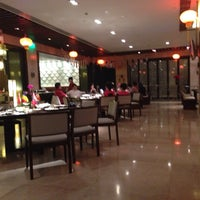 Photo taken at World Kitchen Mission Hills Dongguan by 아줌마 on 2/2/2014