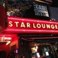 Foto tomada en Star Lounge por Atsushi T. el 2/21/2013