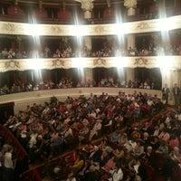 Foto tomada en Teatro Municipal de Santiago por Felipe Andrés F. el 10/9/2013