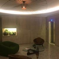 Foto tirada no(a) Hotel Emiliano por Antonio Q. em 10/26/2017