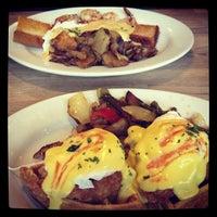 Снимок сделан в Green Eggs Cafe пользователем Mary-Jo M. 2/27/2013