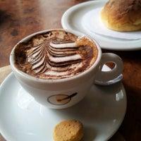 Foto tirada no(a) Café Girondino por Ana B. em 10/20/2012