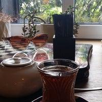 Foto scattata a APSHERON Restaurant da Diana T. il 8/18/2014