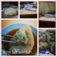 Foto tomada en Dong Bei Dumpling por Markanthony S. el 6/30/2013