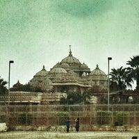 Photo taken at Swaminarayan Akshardham by Srinivas J. on 8/11/2013