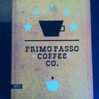 Снимок сделан в Primo Passo Coffee Co. пользователем Perlorian B. 2/24/2013