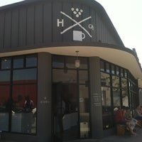 Photo taken at Handsome Coffee Roasters by Perlorian B. on 4/21/2013