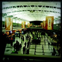 Foto tomada en Aeropuerto Internacional de Ezeiza - Ministro Pistarini (EZE) por Perlorian B. el 5/21/2013