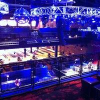 3/8/2014 tarihinde Leigh S.ziyaretçi tarafından Brooklyn Bowl Las Vegas'de çekilen fotoğraf