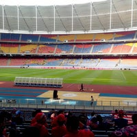 Photo taken at Stadium Nasional Bukit Jalil by Eijwa A. on 6/1/2013