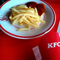 Photo taken at KFC by Ariesta D. on 10/31/2013